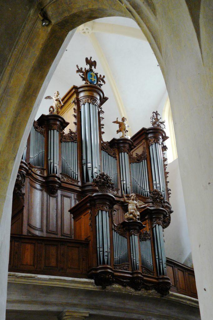 Orgue de l'église de Vézelise