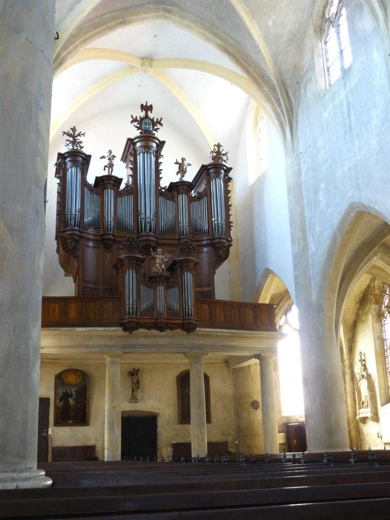 Orgue de l'église de Vezelise